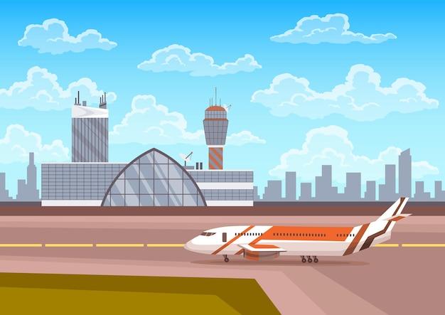 공항 터미널 건물과 활주로에 비행기가 있는 관제탑, 배경에는 도시 풍경. 여행 및 관광 개념, 여객 항공 운송.
