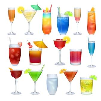알코올 coctails 및 기타 음료 세트