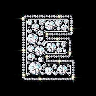 Алфавитная буква e из ярких сверкающих бриллиантов