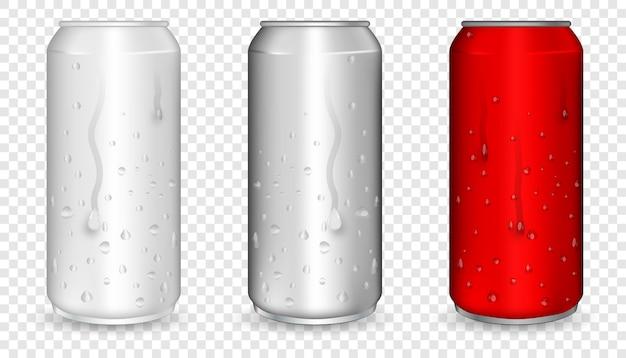 水滴が付いているアルミニウム缶。ビール、ソーダ、レモネード、ジュース、栄養ドリンク用の現実的なメタリック缶。赤の現実的なことができます。