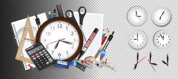 Аналоговые настенные часы, показывающие 12 часов каждый час