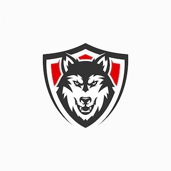 怒っているオオカミマスコットロゴ