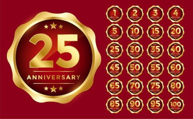 Emblema dell'anniversario incastonato in colore dorato
