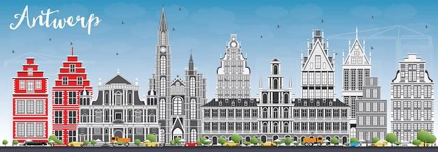 Горизонт антверпена с серыми зданиями и голубым небом. векторные иллюстрации. деловые поездки и концепция туризма с исторической архитектурой. изображение для презентационного баннера и веб-сайта.