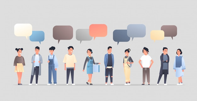 아시아 남자 여자 그룹 채팅 거품 통신 개념 행복 남자 여자 연설 대화 중국어 또는 일본어 여성 남성 만화 캐릭터