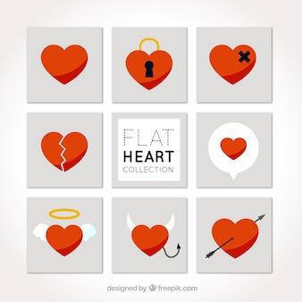 Ассортимент красных сердец в плоском дизайне