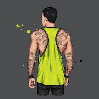 Спортивный парень с мускулистой спиной в майке.