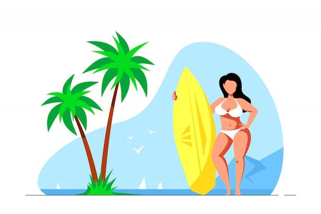 Привлекательная женщина плюс размер, держащая доску для серфинга