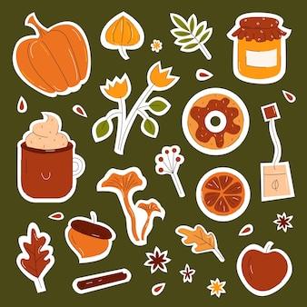 Осенние предметы и элементы с тыквой, листьями и грибами для дизайна наклеек и значков в плоском стиле