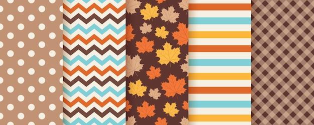 秋のシームレスなパターン。 。秋の葉の背景。