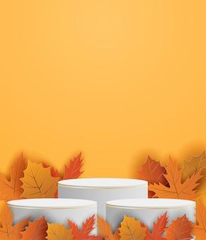 Подиум для выставки товаров темы осеннего сезона. дизайн с листьями на оранжевом фоне. бумажный художественный стиль. вектор.