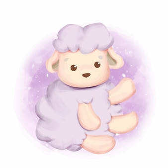Молодая овечка сидит и улыбается