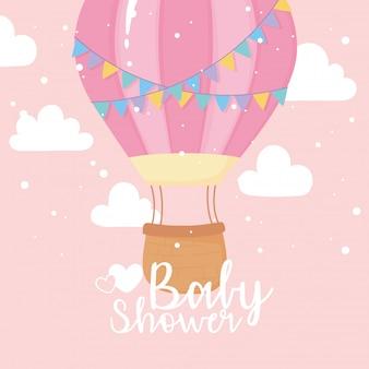 베이비 샤워 카드, 비행 열기구 하늘, 환영 신생아 축하 카드 프리미엄 벡터