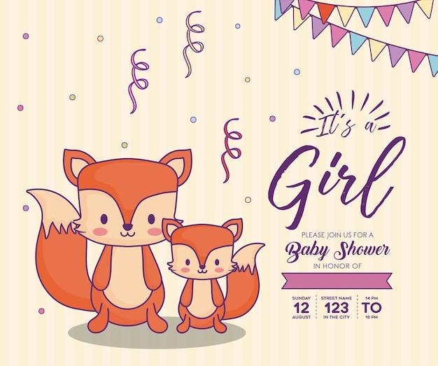 オレンジ色の背景、カラフルなデザイ上にかわいいキツネとその女の子の概念とベビーシャワーの招待状