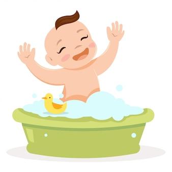Ребенок принимает ванну, и он выглядит так мило