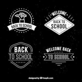 Torna alla collezione di etichette scolastiche in stile gesso
