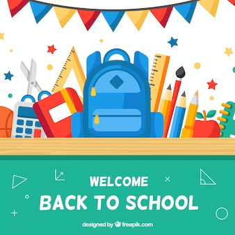 파란색 배낭 및 기타 요소와 학교 배경으로 돌아 가기