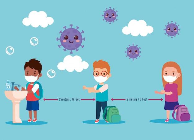 새로운 정상적인 생활 양식 개념, 의료 마스크와 사회적 거리를 두는 아이들을 위해 학교로 돌아 가기