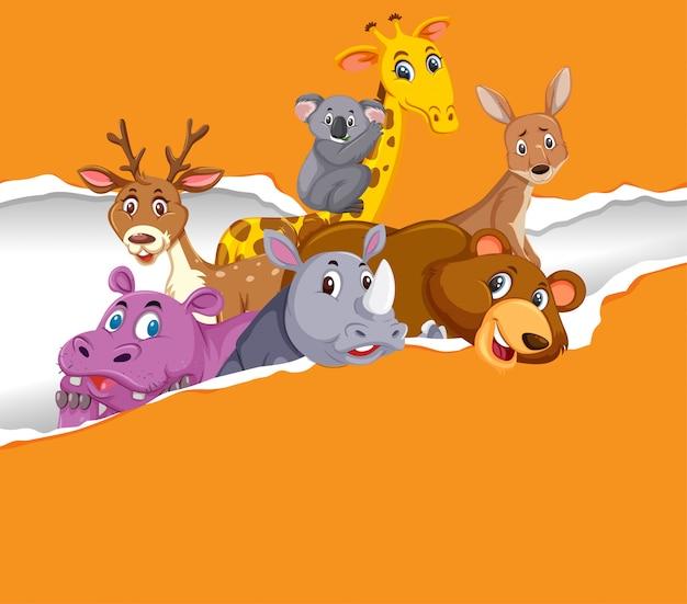 Фон шаблон дизайна с дикими животными на оранжевой бумаге