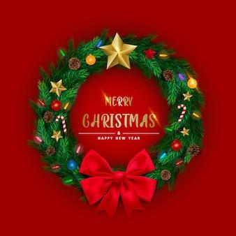 星、松ぼっくり、点滅する光で飾られた松の木の枝で作られたリアルなクリスマスリースの背景。