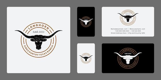 牧場、農業のためのバッジ牧場ロングホーンのロゴデザイン