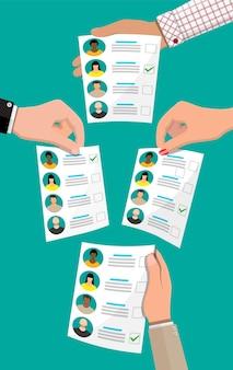 Бюллетень с кандидатами. рука с законопроектом о выборах. документ голосования с лицами. иллюстрация в плоском стиле
