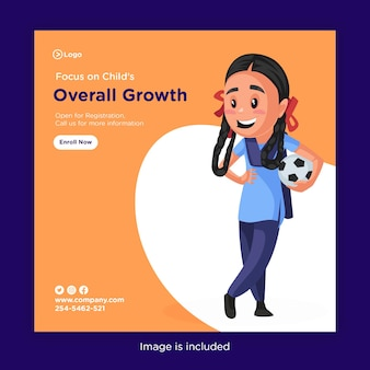 女子高生がサッカーを手に持って子供の全体的な成長に焦点を当てたバナーデザイン