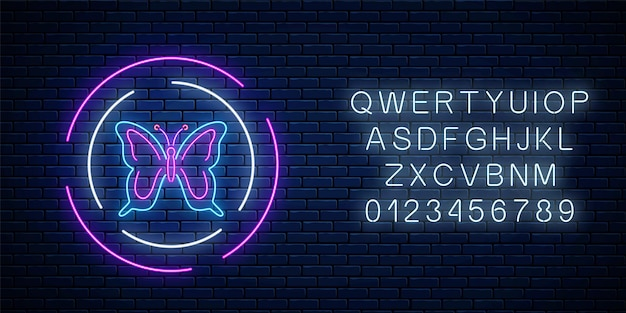 暗いレンガの壁の背景にアルファベットの丸いフレームで蝶の光るネオンサイン。サークルの春のチラシのエンブレム。夜のストリート広告のシンボル。ベクトルイラスト。