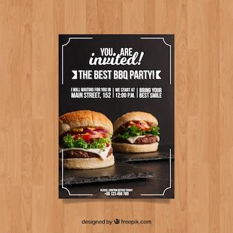 Шаблон приглашения bbq с фотографией гамбургера