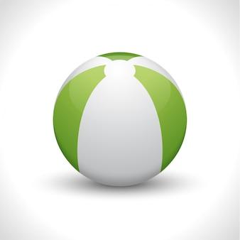 Пляжный мяч на белом фоне.