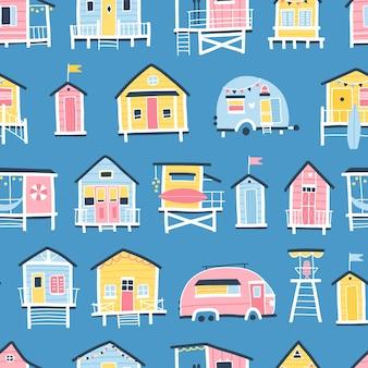 ビーチハウスとトレーラーのシームレスなパターン。シンプルな手描きの幼稚なスカンジナビアスタイルのかわいい夏の漫画イラスト。カラフルなパステルパレットの小さな熱帯の建物。印刷に最適