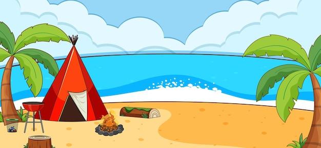 Пляжная сцена на открытом воздухе с палаткой для кемпинга вдоль пляжа