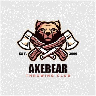 Голова медведя с топорами и ножами, логотип метательного клуба.
