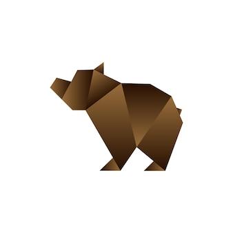 折り紙風のクマ。折りたたまれた紙の幾何学的形状。ロゴのテンプレート。ベクトルイラスト。