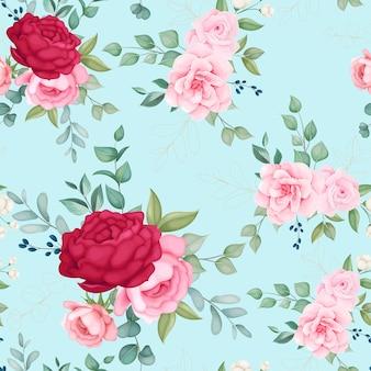 Красивые цветущие цветочные и листья бесшовные модели