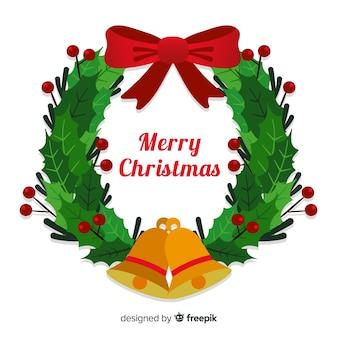 Красивый рождественский венок с колокольчиками