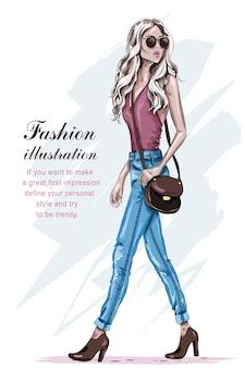 금발 머리를 가진 아름다운 패션 모델
