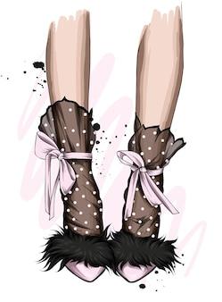 세련된 신발에 아름다운 여성 다리