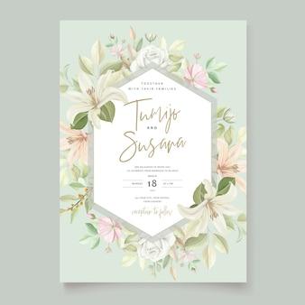 Carta di invito di bellissimi fiori di giglio floreale
