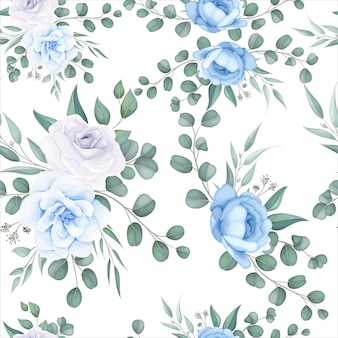 Beautiful floral seamless pattern with delicate floral ornament