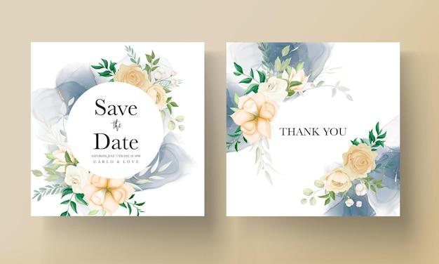Bellissimo disegno a mano modello di invito a nozze floreale
