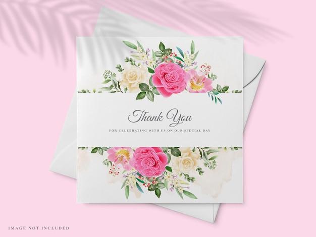 Красивый рисованный шаблон свадебного приглашения с дизайном розовой розы