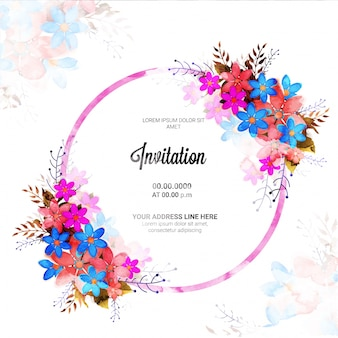 Красивая пригласительная открытка с украшением цветов.