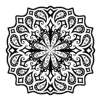Красивая мандала с черным винтажным восточным узором, изолированным на белом фоне