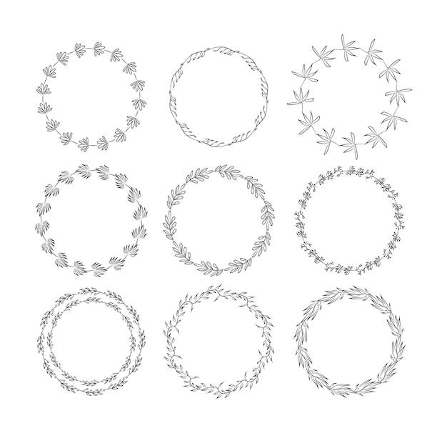 花の要素を設定した美しいモノグラム。手描きの花輪、および花と葉の招待状カード装飾用フレームのコレクション。図