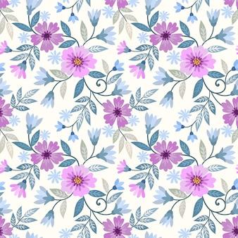 美しい紫色の花と緑の葉のシームレスなパターン。
