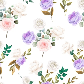 Bello disegno senza cuciture dei fiori e delle foglie del modello