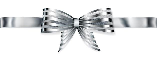 Красивый полосатый серебряный блестящий бант с горизонтальной лентой с тенью