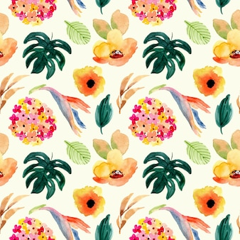 Beautiful tropical flower watercolor seamless pattern