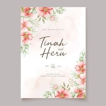 Красивая свадебная пригласительная открытка с цветочным венком